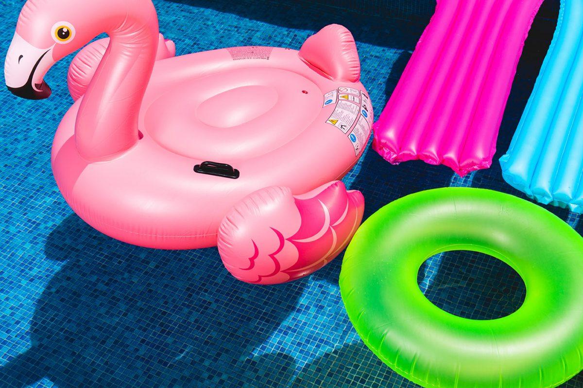 Idee e consigli per la perfetta organizzazione di un pool party
